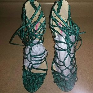 JustFab Shoes - New by justfab size 10